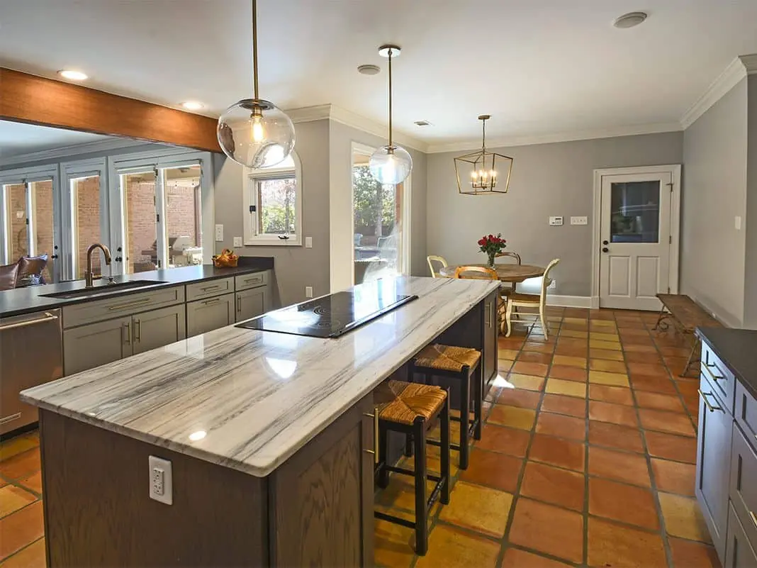 Image of a kitchen remodel in the Memphis area. Featuring new countertops and custom cabinetry.